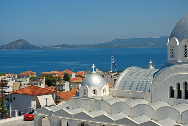 Blick über Pylos zur Insel Sfaktiria